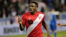 Jefferson Farfán recibió emotiva visita en concentración de la Selección Peruana