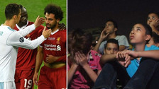 Niños egipcios lloraron al ver la lesión de Mohamed Salah