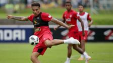 Paolo Guerrero anotó un gol en práctica de la Selección Peruana