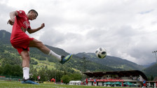 El golazo de Paolo Hurtado en los entrenamientos de la Selección Peruana