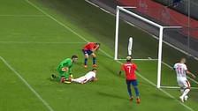 Ante Serbia: Ángelo Henríquez falló insólito gol con Selección de Chile