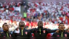 La emoción de la Selección Peruana al cantar el himno nacional