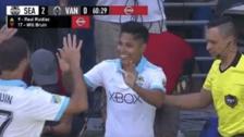 Raúl Ruidíaz fue ovacionado en su debut con Seattle Sounder