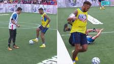 ¿Se picó? Neymar intentó un lujo pero le quitaron el balón y terminó haciendo falta
