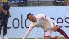 Por segunda vez: Daniel Chávez falló ocasión de gol sin arquero