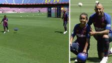 Emotivo: Arturo Vidal jugó con su hijo en plena presentación del Barcelona
