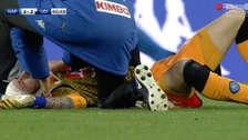 ¡Tremendo susto! David Ospina quedó inconsciente tras golpearse la cabeza y tuvo que ser retirado del campo en camilla