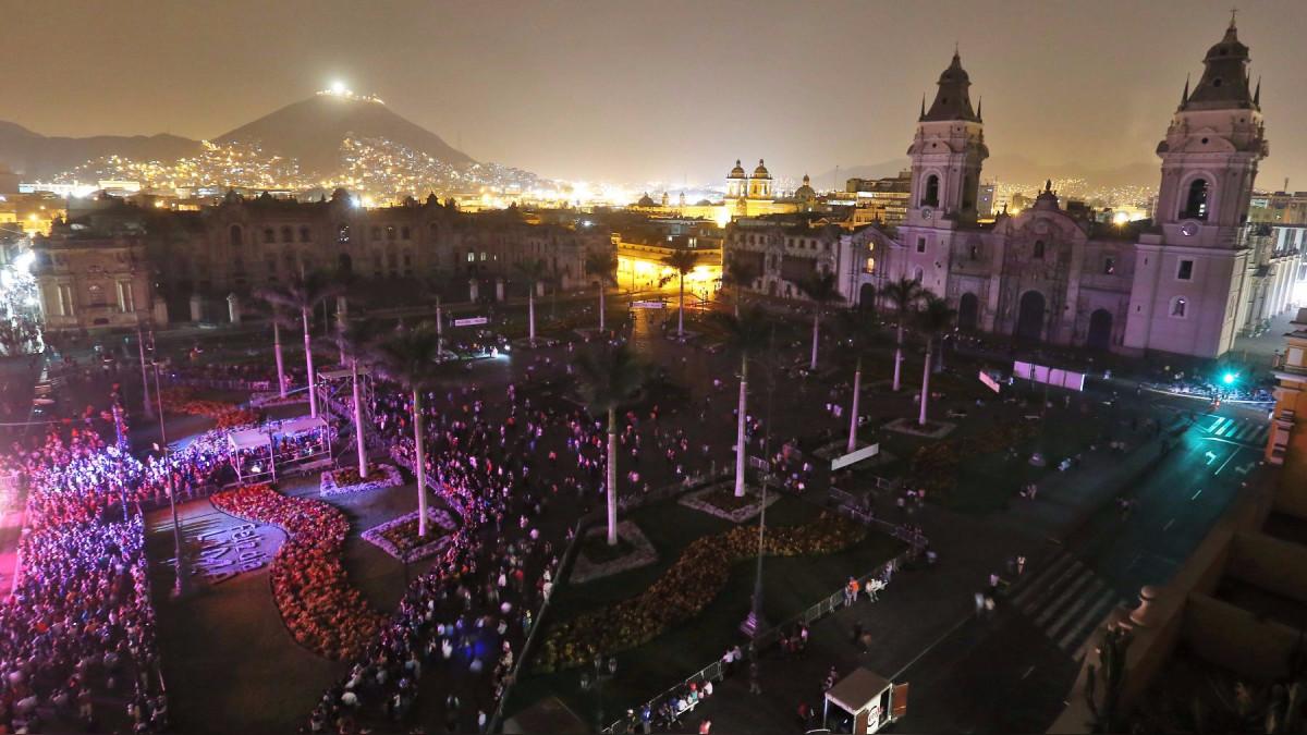 El Perú y el mundo apagan sus luces en la Hora del Planeta