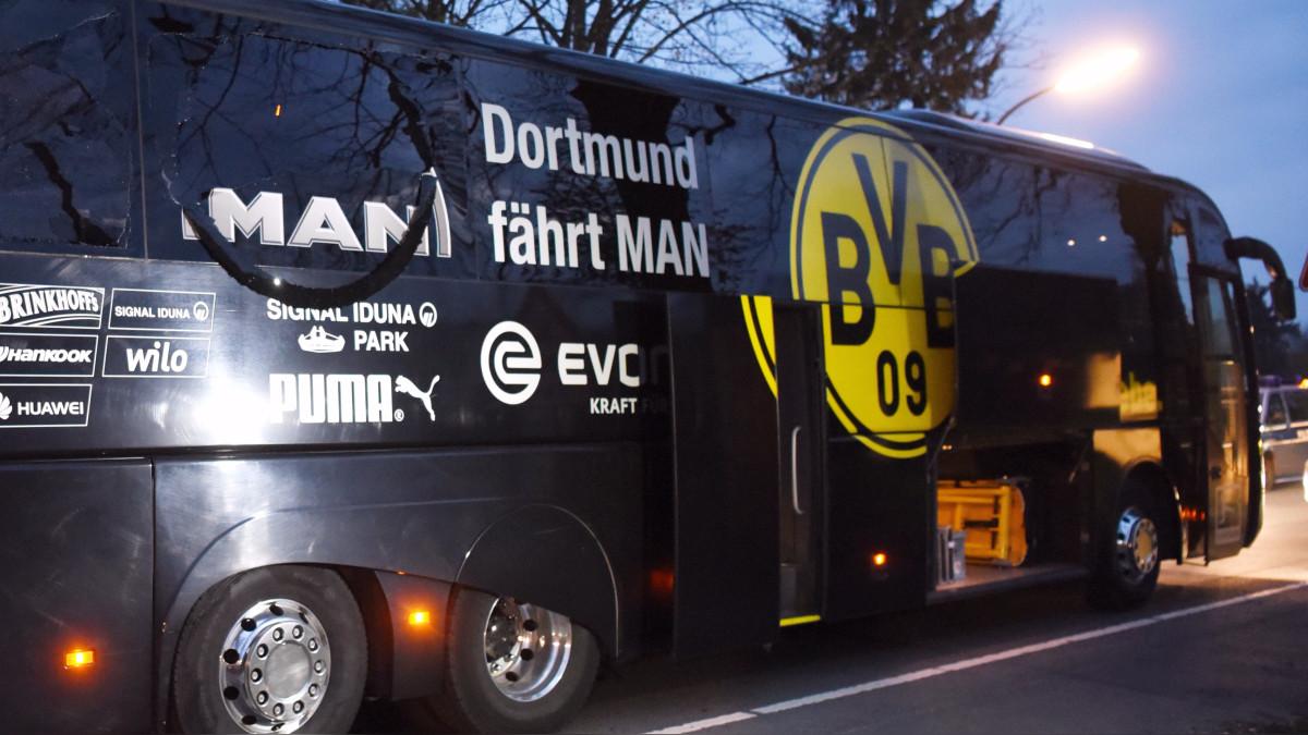 Resultado de imagen para La policía alemana busca a los autores del ataque contra el bus del Borussia