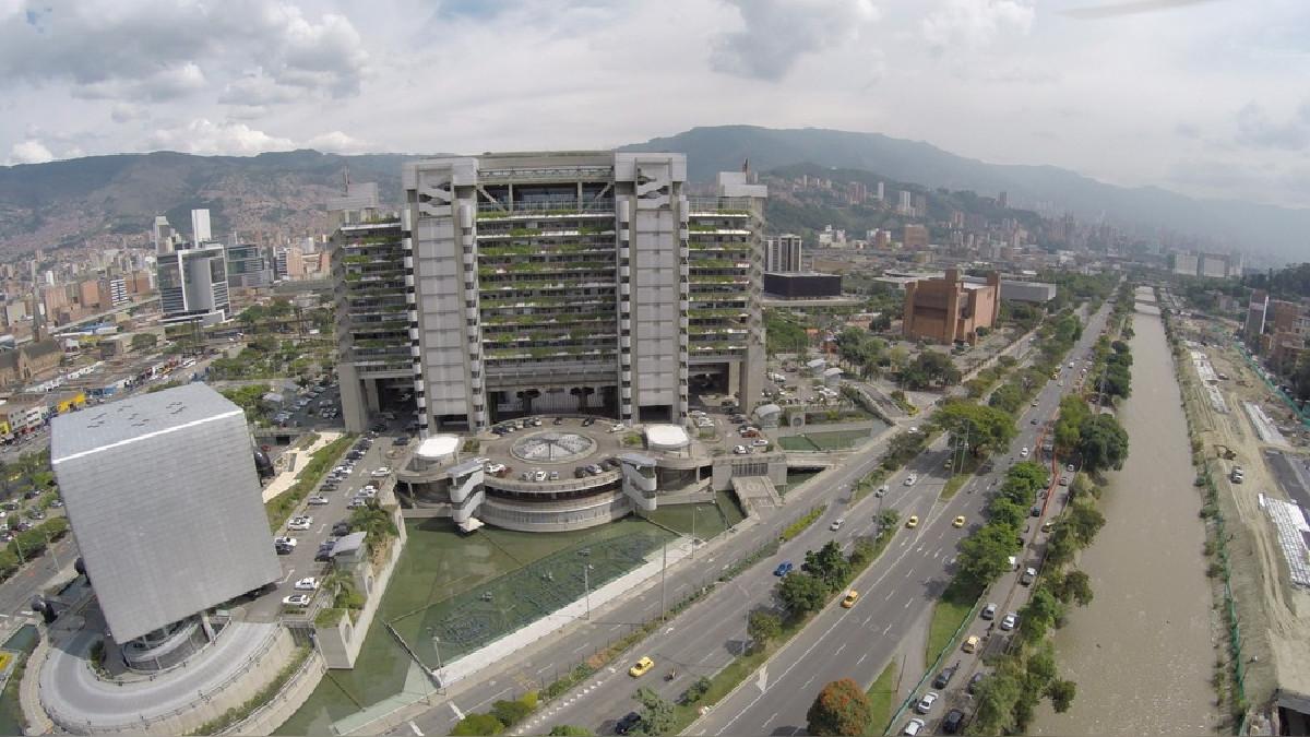 Medellín, en Colombia, se ha convertido en el destino de moda para los emprendimientos por la gran inversión que ha realizado en la mejora de su infraestructura.