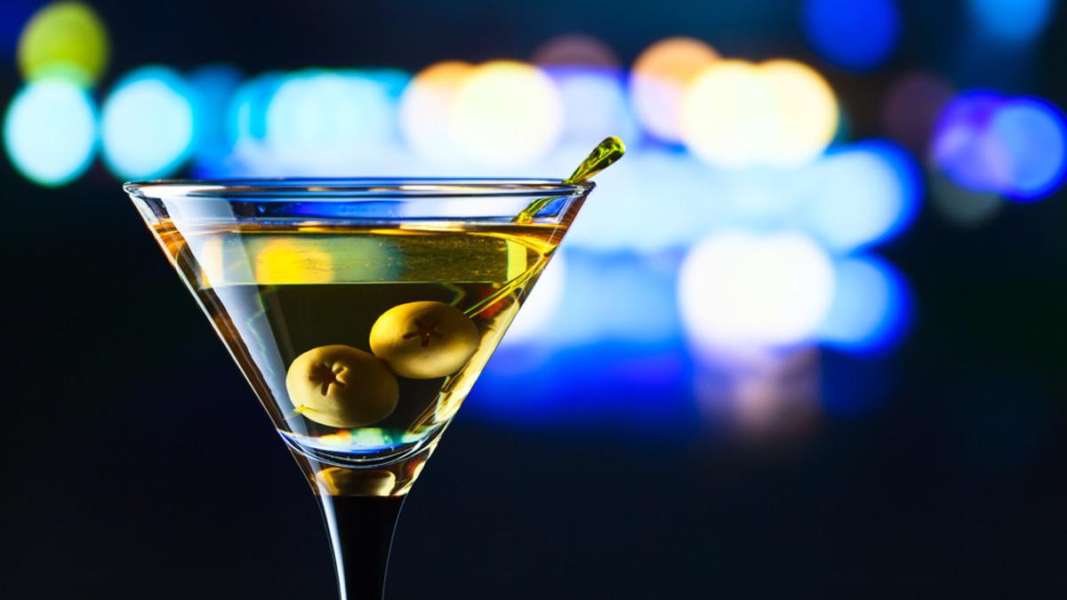 Las aceitunas decoran tu copa, pero cuidan más de tu salud