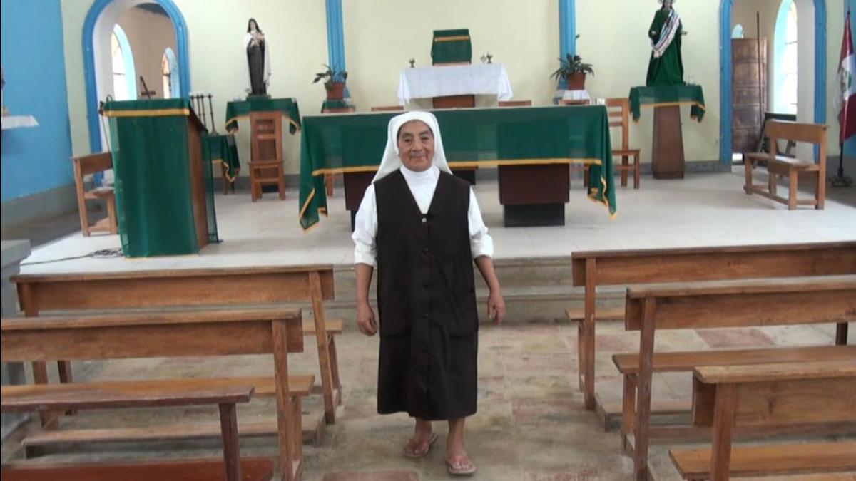 La madre Benita en la iglesia de la misión franciscana de Puerto Ocopa  | Fuente: RPP