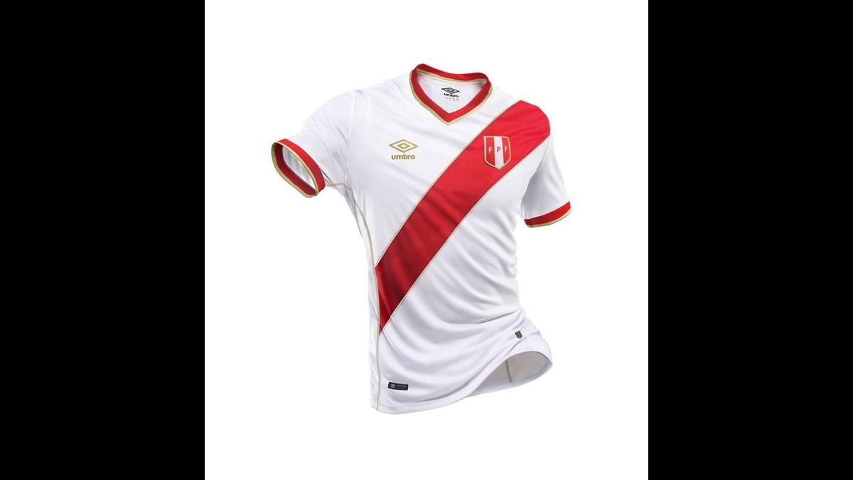 3 propuestas de camiseta de Perú para el Mundial Rusia 2018  597e91f16833f
