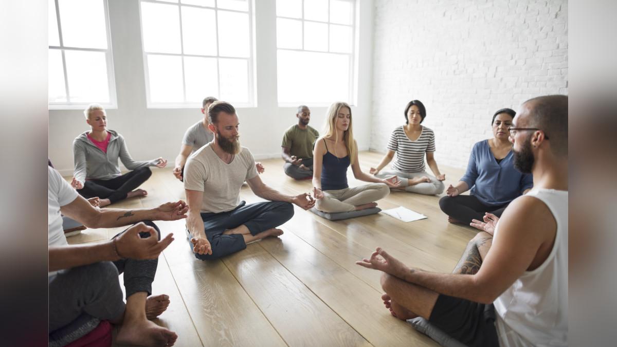 Según Ricard se necesitan tan solo 15 minutos de meditación diaria para alejar los pensamientos negativos.
