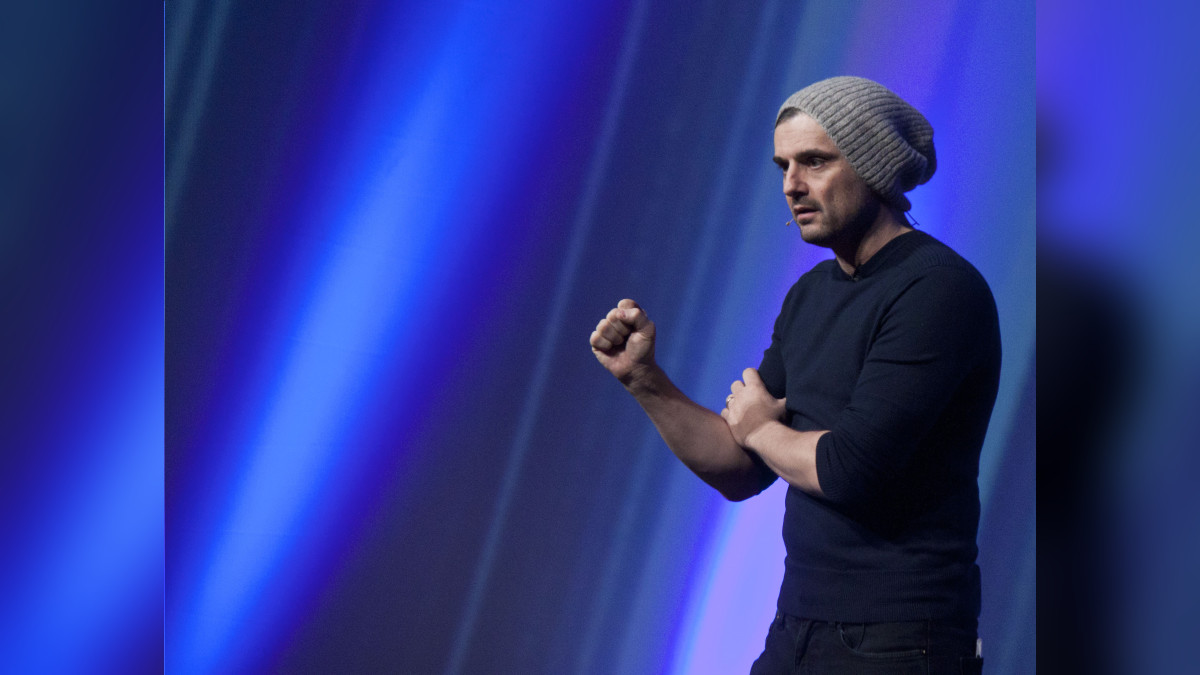 Este emprendedor ruso, criado en Nueva York, fue uno de los primeros en usar YouTube como videoblogger.