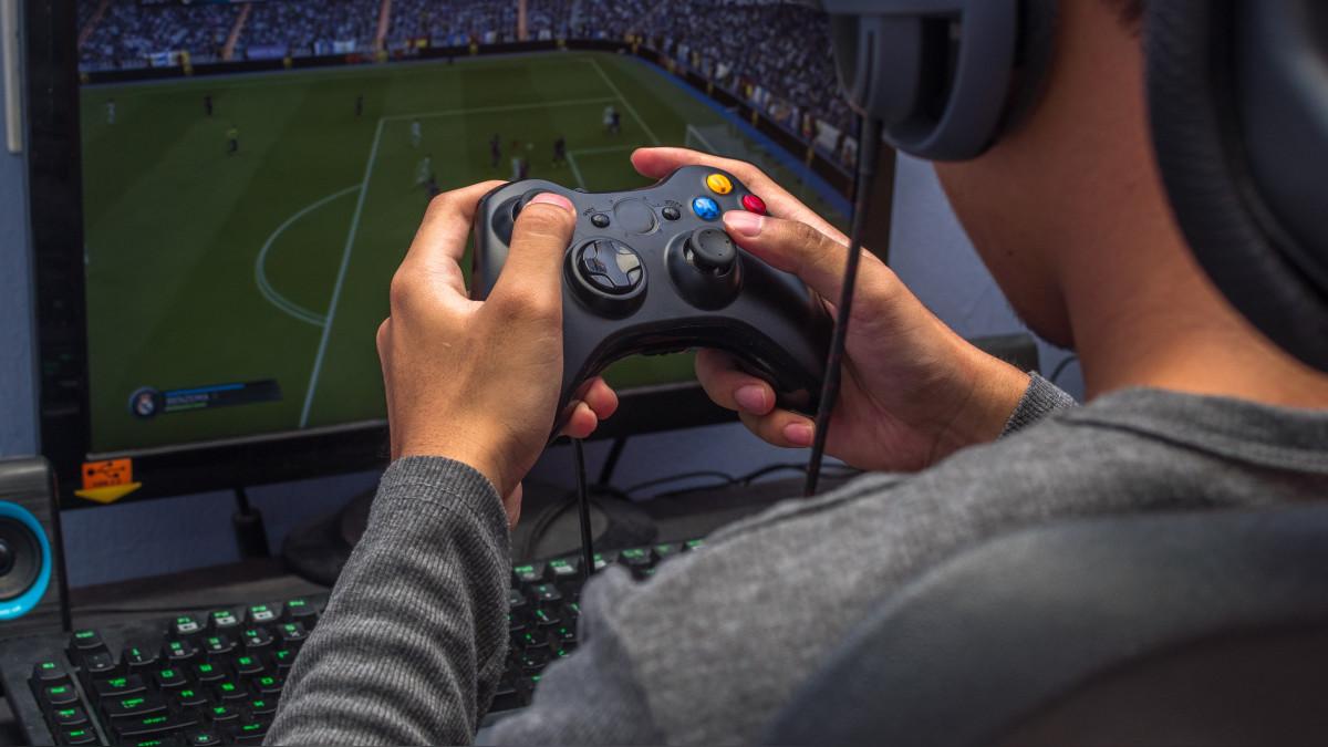 ¿Tu hijo quiere ser gamer? Ventajas y desventajas de los juegos virtuales