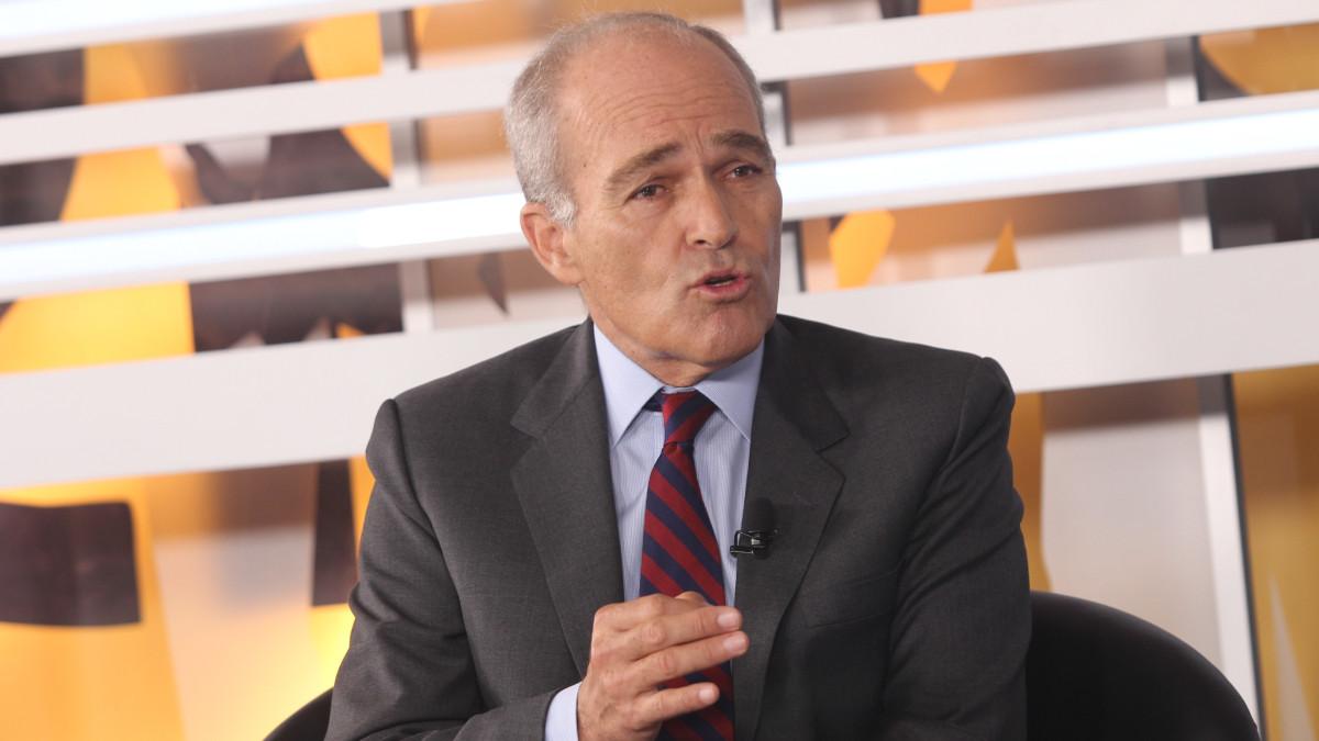 Roque Benavides, presidente de la Confiep: Alza del ISC podría generar más informalidad.