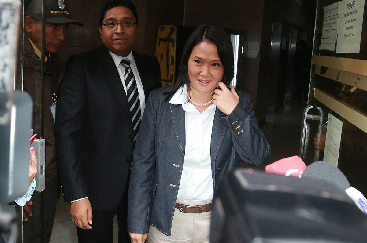 Keiko Fujimori tiene orden de detención preliminar, según su abogada