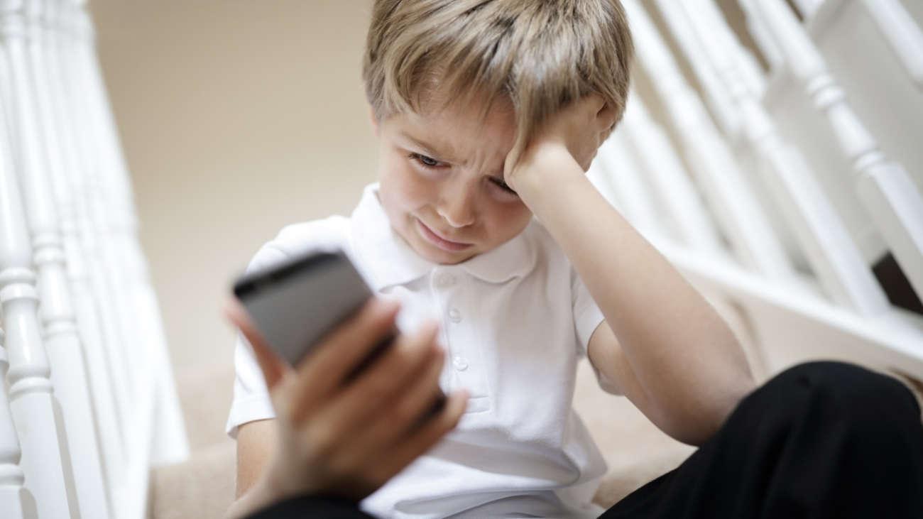 Principales amenazas online para niños y jóvenes