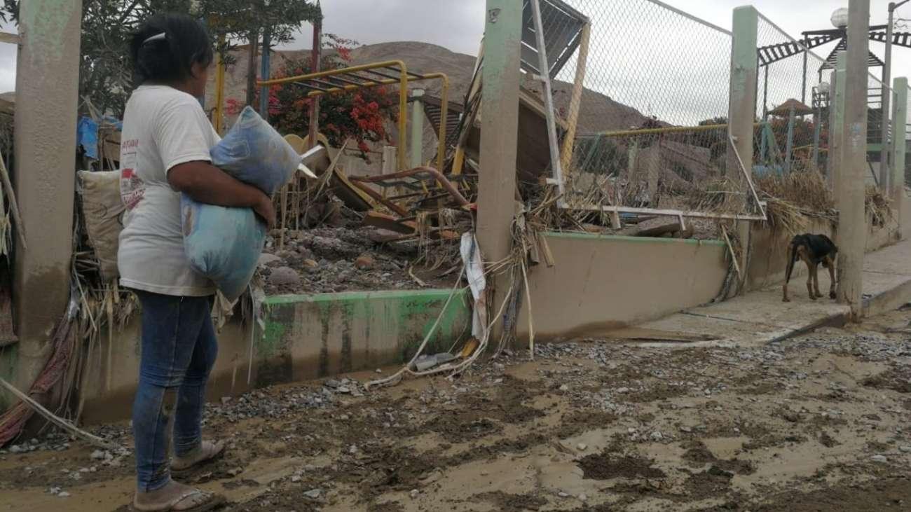 Huaicos: Medidas básicas de salud frente a desastres naturales