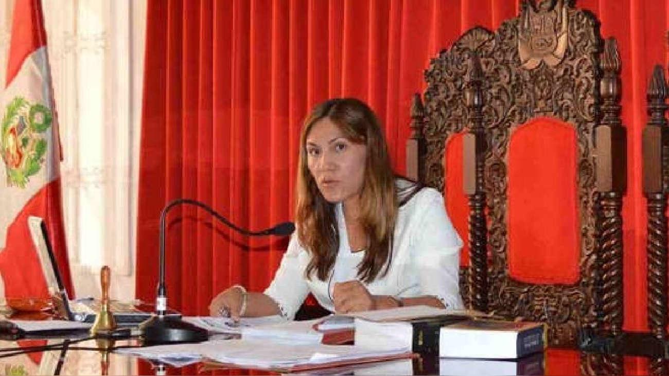 Jueza Elizabeth Arias da marcha atrás y acepta inhibirse de investigación a Keiko Fujimori