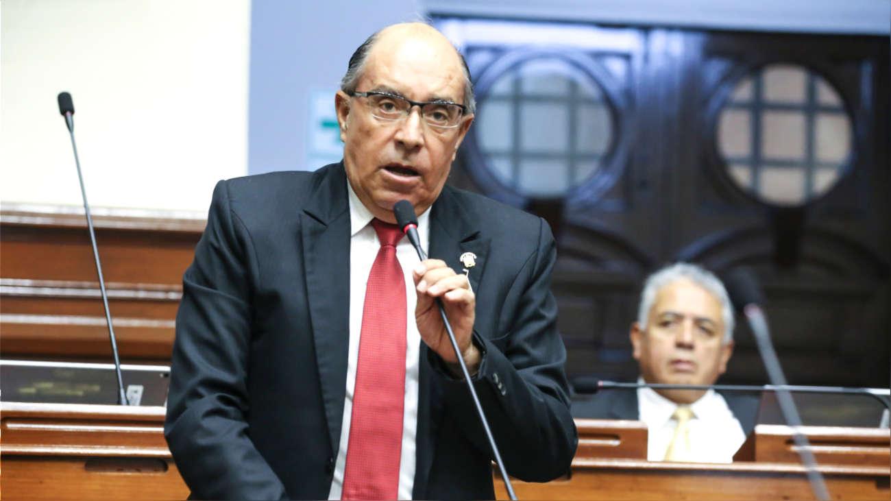 Pleno del Congreso evalúa hoy levantamiento de inmunidad de Edwin Donayre