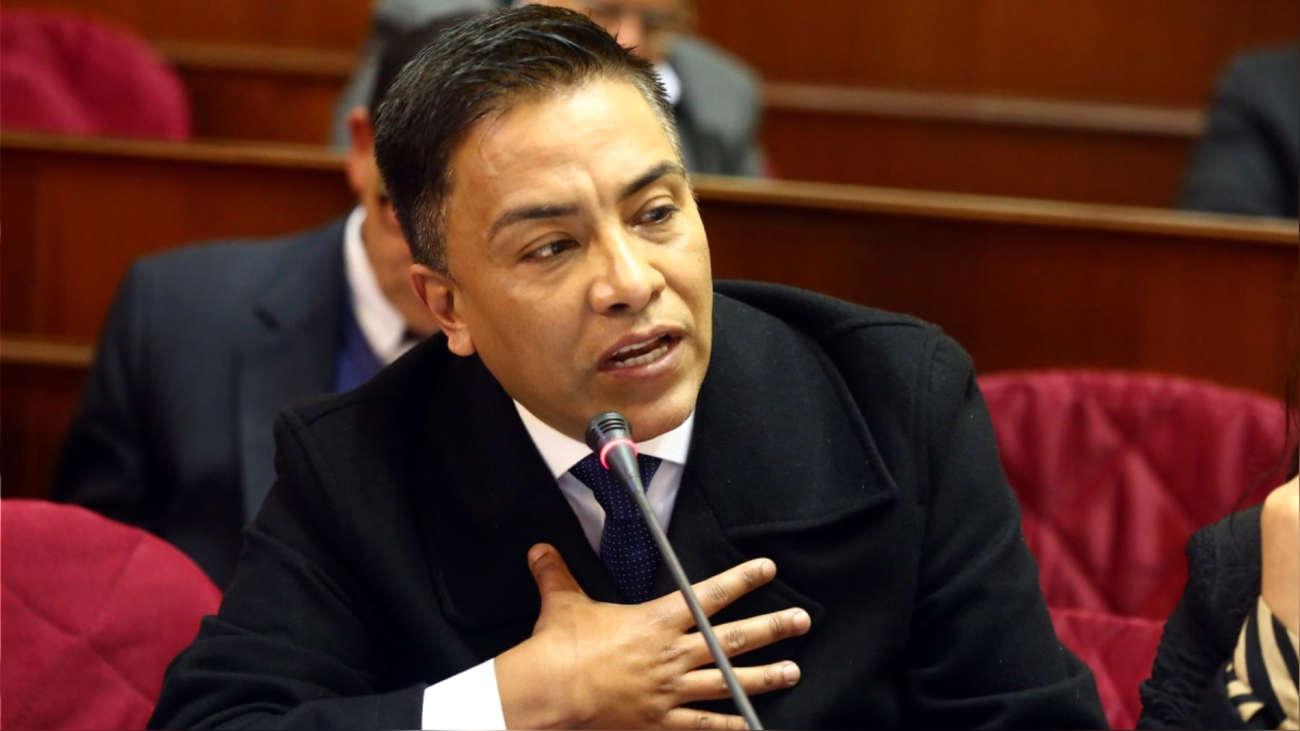 Comisión de Ética aprobó informe que recomienda suspensión de Roberto Vieira por 120 días