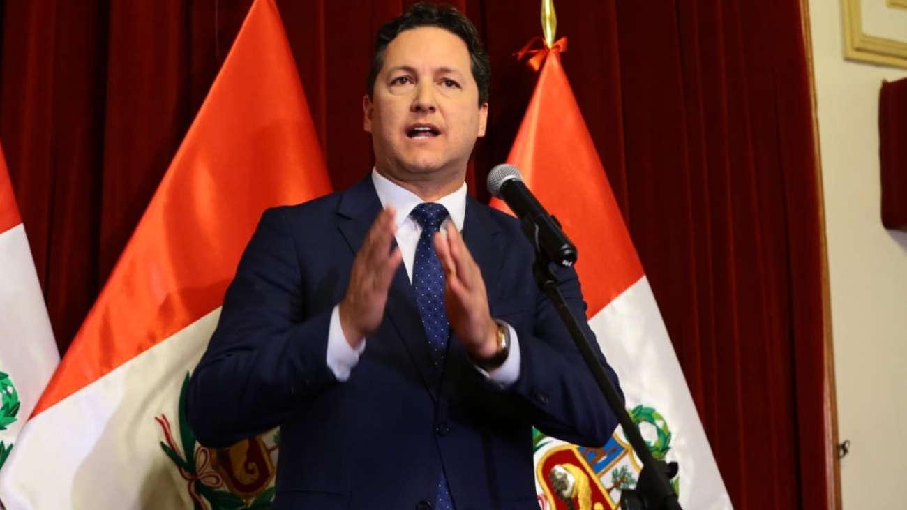 Daniel Salaverry confirma que postulará a la Presidencia de la República