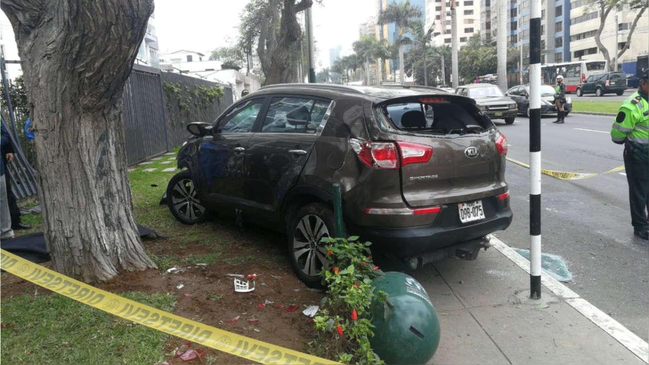 PNP determinó que conductora iba a excesiva velocidad y que ningún vehículo le cerró el paso