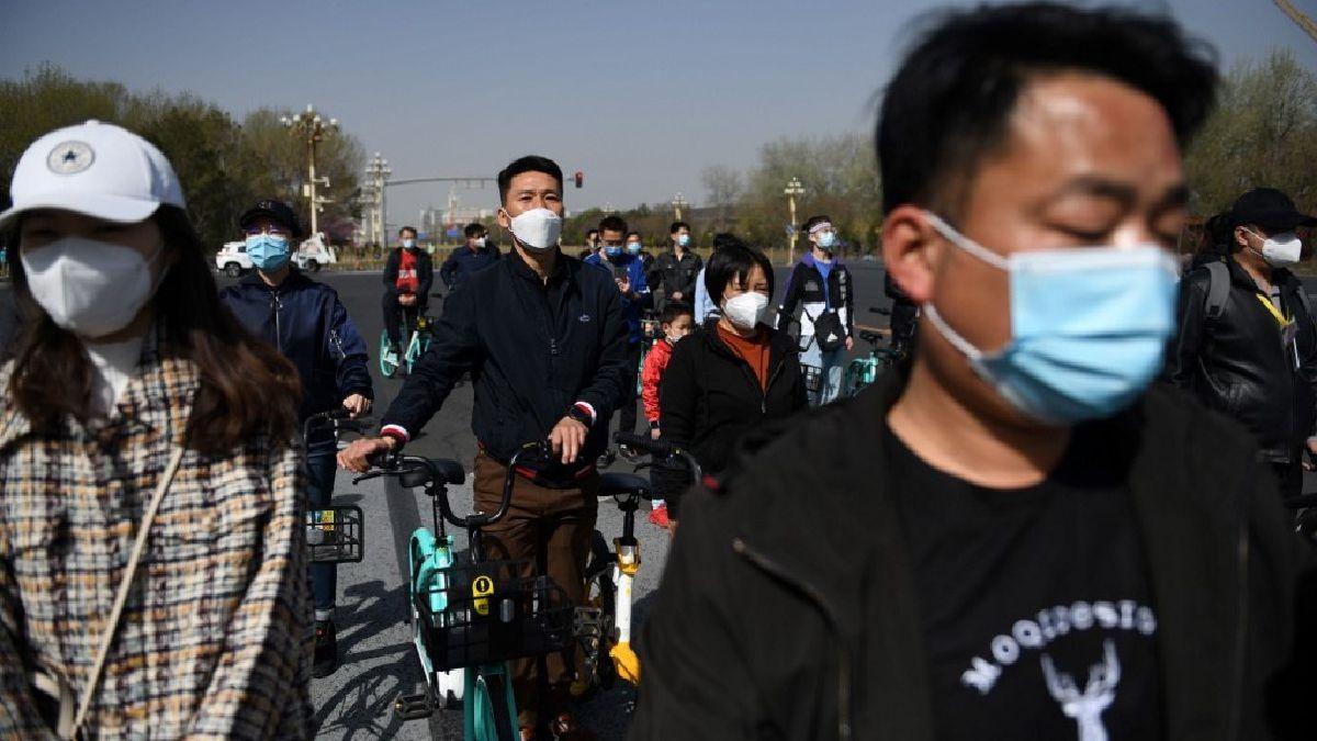 China guardó silencio por tres minutos para homenajear a víctimas del COVID-19 [FOTOS]
