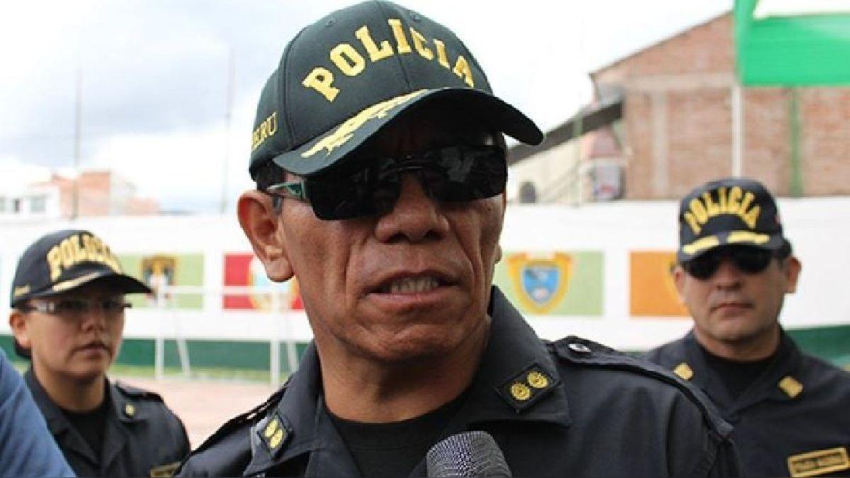 Max Iglesias Es El Nuevo Comandante General De La Policia Nacional Del Peru Rpp Noticias Conoce a estas heroínas peruanas que edificaron un país. max iglesias es el nuevo comandante